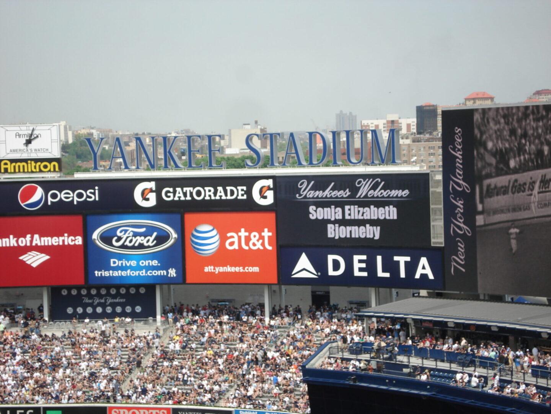 Yankee Stadium Sign (1)